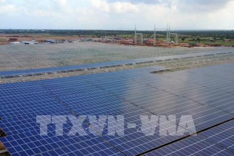 """Nhu cầu điện năng toàn cầu thấp kỷ lục đang định hình lại """"lưới điện của tương lai"""""""