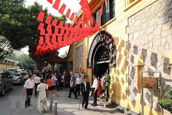 Đồng loạt hạ giá tour, hãng lữ hành và điểm đến ở Hà Nội cùng kích cầu du lịch