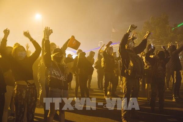 Quân đội Mỹ sẵn sàng đối phó với biểu tình ở Minneapolis