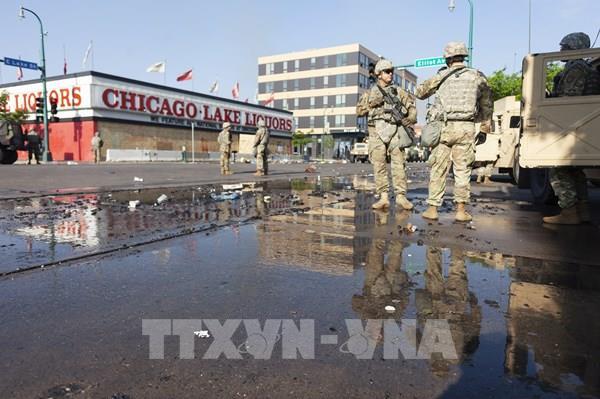 Mỹ: Biểu tình tiếp diễn, nhiều thành phố áp đặt lệnh giới nghiêm