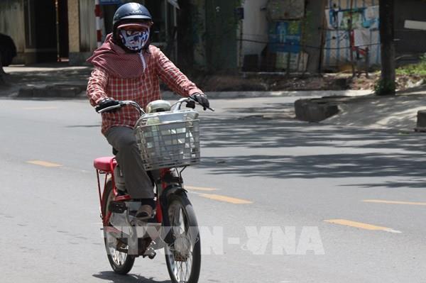 Dự báo thời tiết hôm nay 2/6: Hà Nội nắng nóng gay gắt, chiều tối có mưa dông