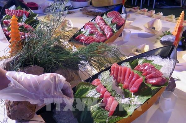 Phú Yên trình diễn các món ngon từ cá ngừ đại dương
