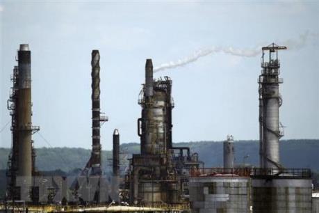 Các tập đoàn dầu mỏ lớn làm thế nào để thu hút nhà đầu tư trở lại?