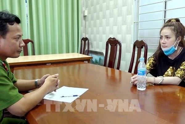 Bắt quả tang một phụ nữ vận chuyển gần 4kg ma túy tổng hợp từ Campuchia về Việt Nam