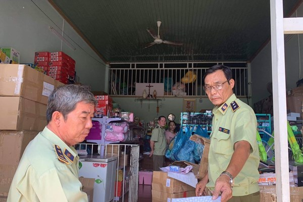 Phát hiện 200 sản phẩm nhập lậu tại Bình Phước