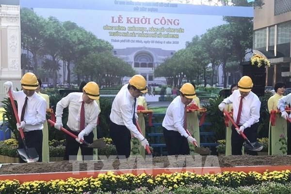 Khởi công khôi phục và nâng cấp công viên trước nhà hát Tp. Hồ Chí Minh
