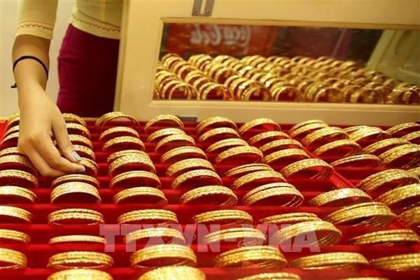Người dân Saudi Arabia đổ xô đi mua vàng trước khi Chính phủ tăng thuế