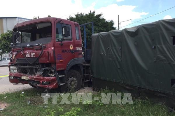 Bình Dương: Tai nạn giao thông nghiêm trọng khiến nhiều người thương vong