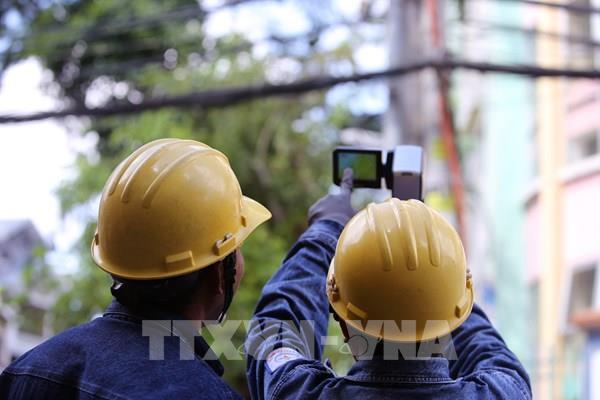 Nhiều giải pháp kỹ thuật cung cấp điện an toàn mùa mưa bão
