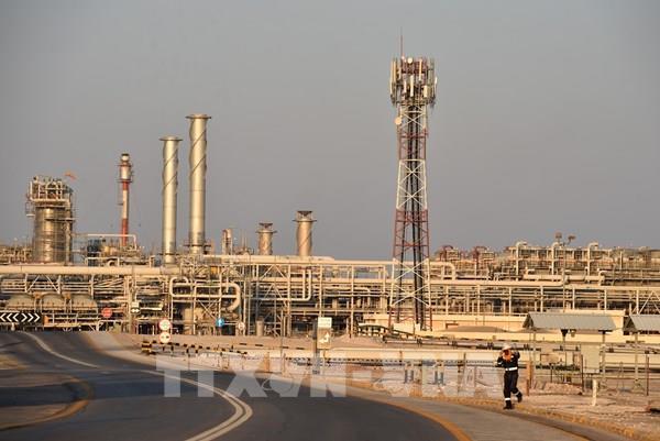 Saudi Arabia và các nước vùng Vịnh không gia hạn cắt giảm sản lượng dầu mỏ tới tháng 7
