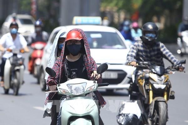 Dự báo thời tiết hôm nay 9/6: Hà Nội có mưa dông, nhiệt độ cao nhất 39 độ C
