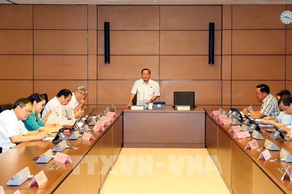 Cơ chế tài chính đặc thù với Thủ đô Hà Nội cần đặt trong tổng thể xu thế phát triển chung