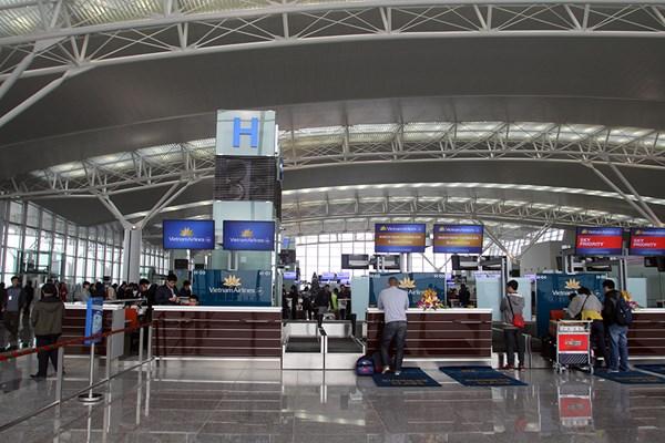 Vì sao tỷ lệ chuyến bay đúng giờ của các hãng hàng không Việt Nam tăng mạnh?