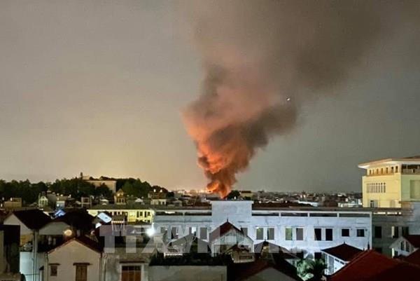 Đã khống chế được đám cháy tại phía Nam Hà Nội