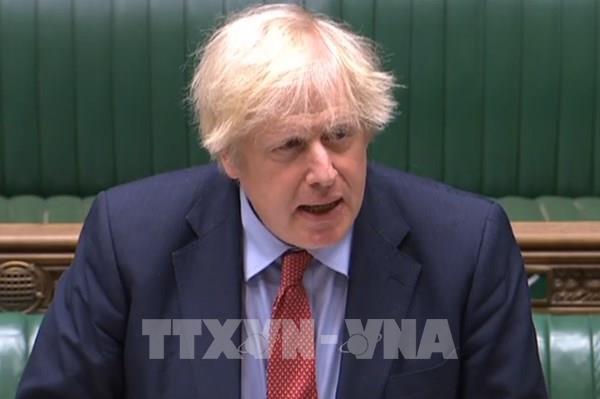 Đề xuất bỏ luật giao dịch ngày Chủ Nhật của Thủ tướng Anh gặp bất lợi