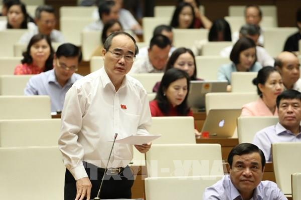 Quốc hội cho ý kiến về các giải pháp khôi phục kinh tế sau COVID-19