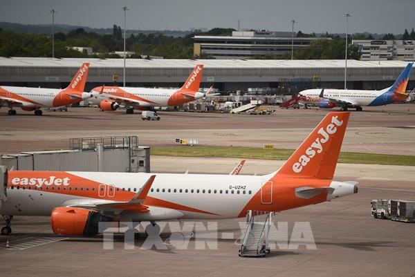 Hãng hàng không Anh EasyJet nối lại một số chuyến bay nội địa