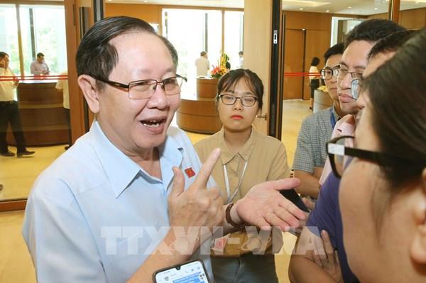 Bộ Nội vụ làm rõ thông tin Phó Chủ tịch UBND tỉnh Thái Bình thăng chức thiếu chuẩn