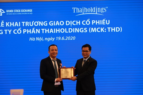 Gần 54 triệu cổ phiếu CTCP Thaiholdings chính thức niêm yết cổ phiếu tại HNX