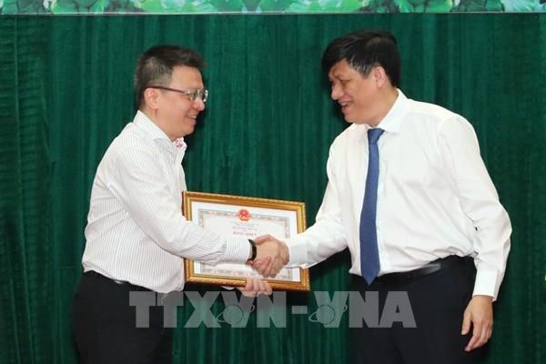 Có 5 cá nhân là lãnh đạo và phóng viên TTXVN được tặng Bằng khen của Bộ trưởng Bộ Y tế