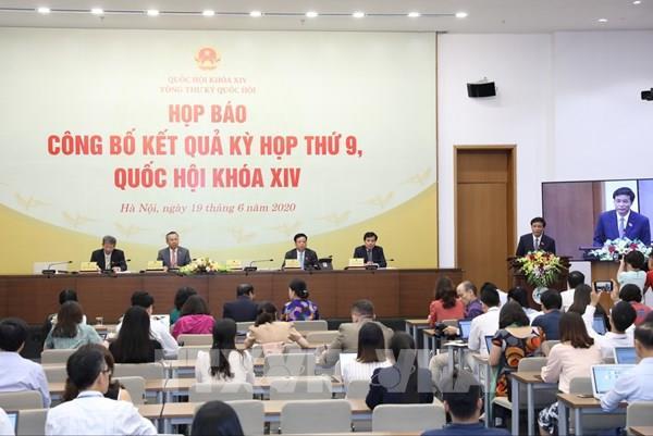Lấy ý kiến đại biểu về việc tiếp tục hình thức họp Quốc hội trực tuyến