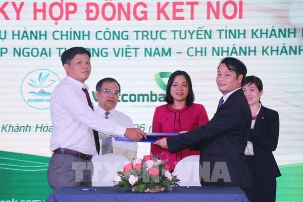 Khánh Hòa ký kết thanh toán trực tuyến dịch vụ công với 6 đối tác