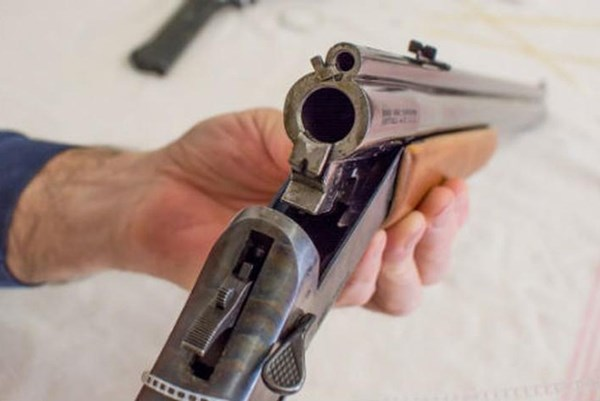 Phá đường dây nhập lậu, mua bán linh kiện súng săn