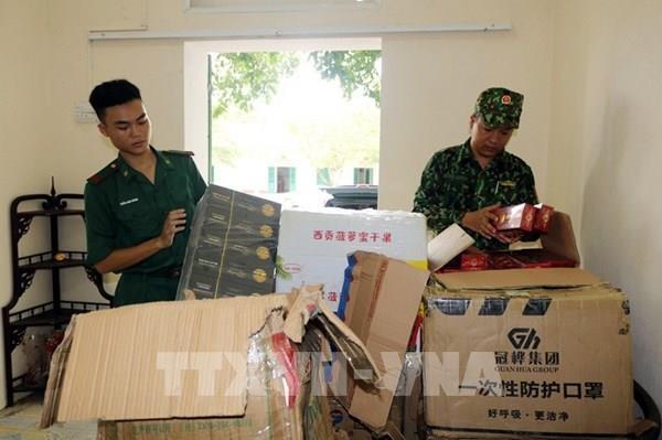 Quảng Ninh bắt giữ đối tượng vận chuyển trái phép gần 7.000 bao thuốc lá ngoại