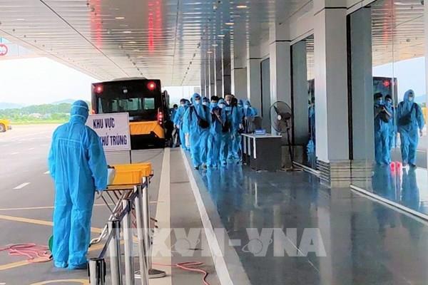 Cảng hàng không quốc tế Vân Đồn đón chuyến bay chở 150 chuyên gia từ Nhật Bản