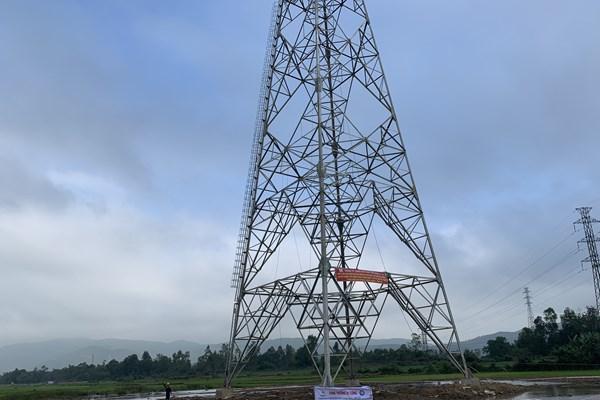 Dự án đường dây 500 kV mạch 3 nguy cơ chậm tiến độ