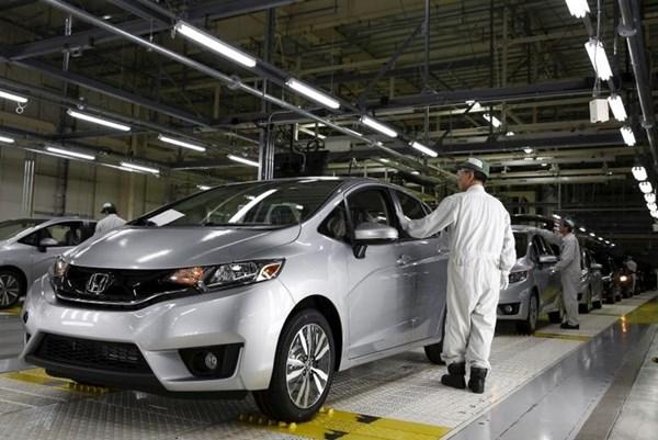 Lợi nhuận của Sharp, Honda giảm mạnh do dịch COVID-19