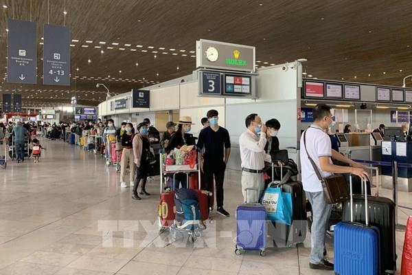 Dịch COVID -19: Đưa hơn 280 công dân Việt Nam từ Pháp và châu Âu về nước