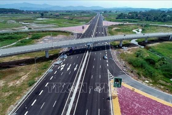 Hoàn thành giải phóng mặt bằng dự án cao tốc Vân Đồn – Móng Cái trước ngày 15/8