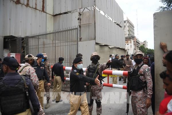 Tấn công Sở giao dịch chứng khoán Pakistan: 2 người thiệt mạng, 4 tay súng bị tiêu diệt
