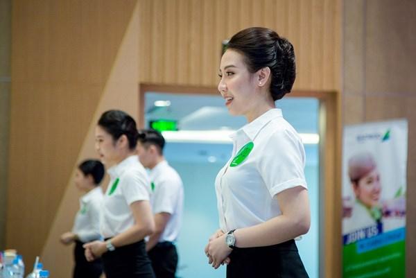 Tuyển tiếp viên của Bamboo Airways tại Hà Nội thu hút 300 ứng viên tham gia