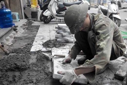 Chủ tịch UBND Tp.Hà Nội chỉ đạo lập đoàn kiểm tra việc thi công, lát đá vỉa hè