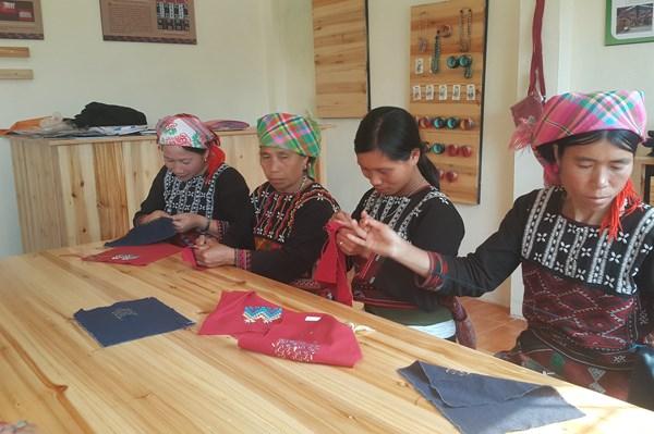 Hỗ trợ doanh nghiệp nữ vùng cao mở rộng kinh doanh