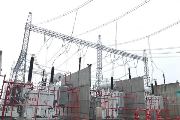SPMB đóng điện máy biến áp thứ 2 tại trạm 500 kV Tân Uyên