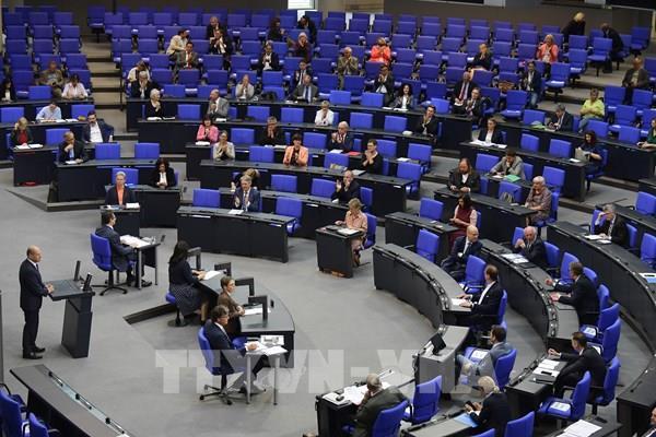 Quốc hội Đức ủng hộ chương trình kích thích kinh tế của ECB