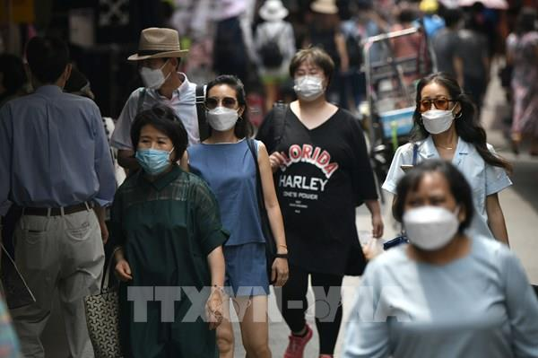 Dịch COVID-19: Hàn Quốc mở cửa lại một số cơ sở công cộng tại Seoul