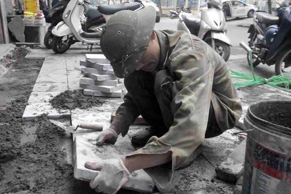 Hà Nội: Bắt đầu kiểm tra lát đá vỉa hè tại nhiều quận, huyện