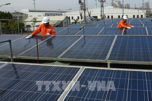 Phát triển bền vững năng lượng tái tạo: Cần thêm cơ chế hỗ trợ nào?