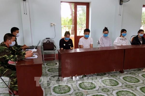 Bắt giữ 5 người Trung Quốc nhập cảnh trái phép