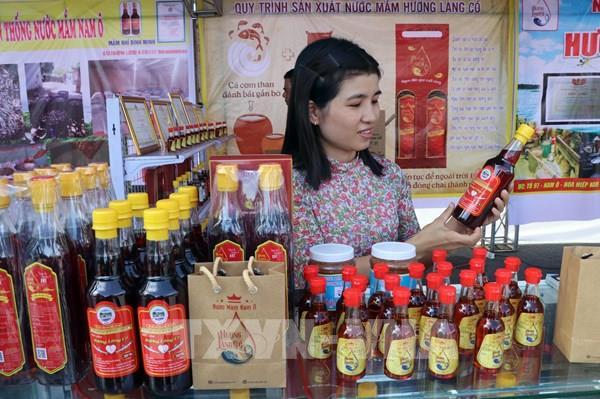 Nghề làm nước nắm Nam Ô được vinh danh Di sản Văn hóa phi vật thể quốc gia