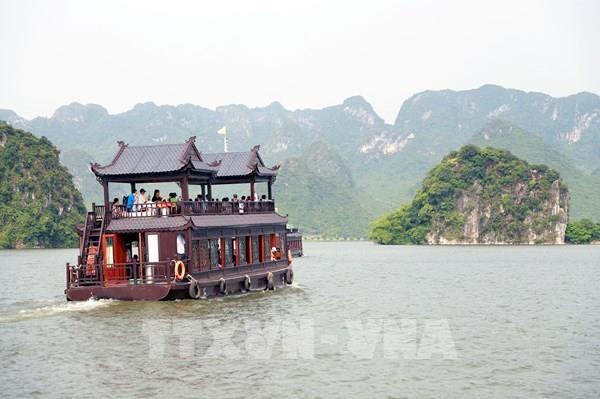"""Giải pháp nào phục hồi du lịch Việt trong """"tình hình mới""""?"""