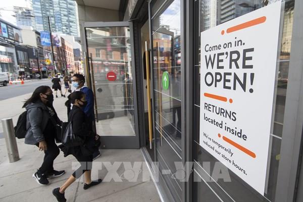 """Canada: Vaccine COVID-19 không phải """"liều thuốc thần"""" chống lại đại dịch"""