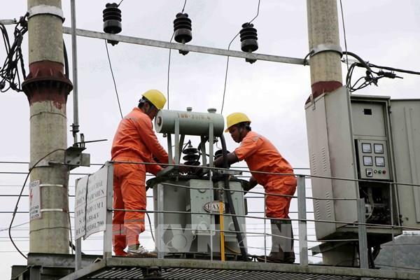 Điện lực Lai Châu đảm bảo an toàn lưới điện mùa mưa lũ