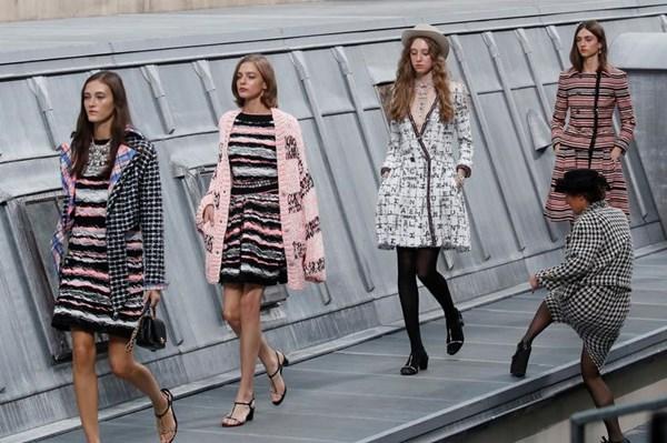 Tuần lễ Thời trang Paris 2020 phiên bản dịch COVID-19