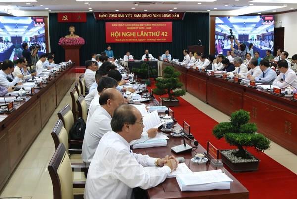 Bí thư Thành ủy TP HCM: Nỗ lực giữ vai trò đầu tàu kinh tế cả nước