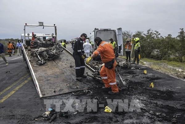 Vụ nổ xe bồn dầu tại Colombia: Số nạn nhân tiếp tục tăng